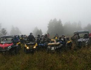 На Урале экстремалы на квадроциклах ради селфи губят засеянные поля