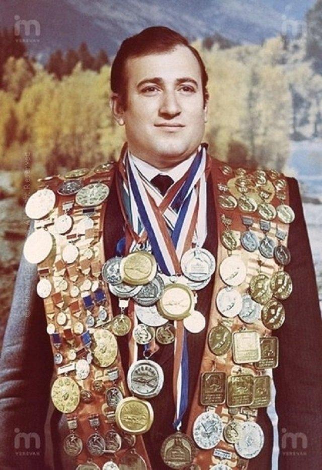 Советский спортсмен в дисциплине подводное плавание 19 фотография