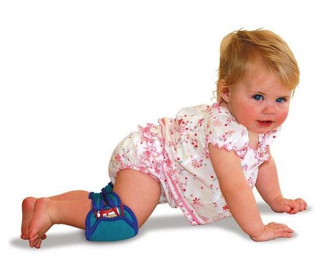 Зачем нужны наколенники для малышей?
