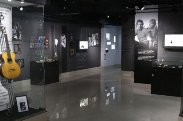 Новый Регион: В екатеринбургском музее Высоцкого открылся зал, посвященный Марине Влади (ФОТО)