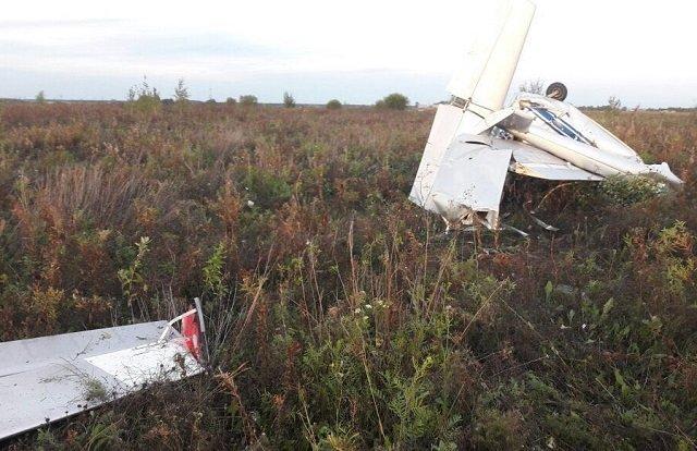 Пилот умер при крушении мотопланера вСвердловской области, проводится проверка— СКР