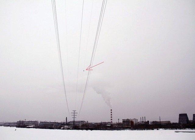 Юго-Запад может остаться без света из-за застрявшего навысоковольтной ЛЭП квадрокоптера
