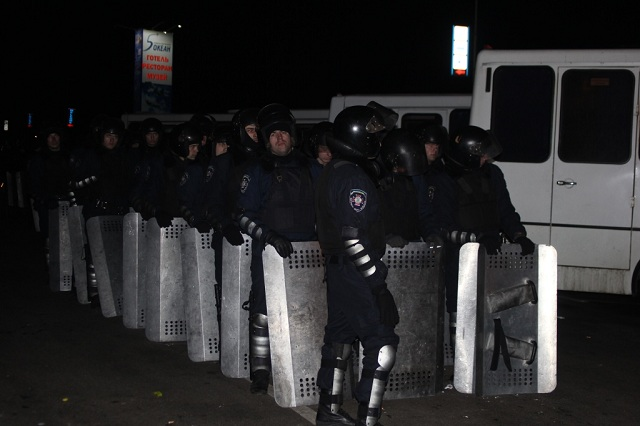 Новый Регион: Под Киевом разоружились 400 служащих внутренних войск (ФОТО)